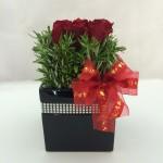 9 Red Roses Ceramic – Square