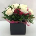 9 White Roses Card Box – Square
