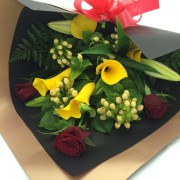 Bouquet Red Roses w Yellow Calla Lillies